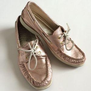 {Sperry} Metallic Rose Gold Boat Shoe